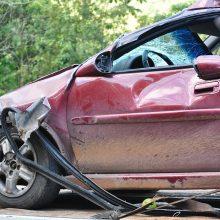 Panevėžyje per avariją apgadinti trys automobiliai