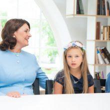D. Nausėdienė priėmė lituanistinės mokyklėlės Italijoje vaikus