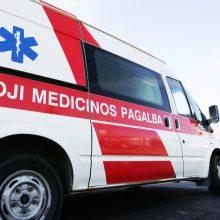 Vilniaus rajone apsivertus automobiliui sužaloti trys nepilnamečiai