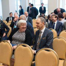 D. Grybauskaitė: Lietuva gali prisidėti mažinant įtampą tarp ES ir JAV