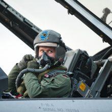 NATO naikintuvai šešiskart kilo lydėti Rusijos karinių orlaivių