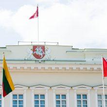 Prezidento rinkimų politinės kampanijos dalyviais registravosi 14 atstovų