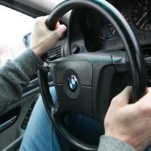 Kauno pareigūnams įkliuvo 12 pavojingų vairuotojų