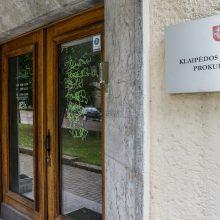 Chuliganų taikiklyje – prokuratūros pastatas