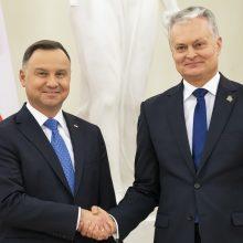 Seka Lenkijos pavyzdžiu: G. Nausėda į Holokausto minėjimą Izraelyje nevyks