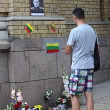 Labiausiai susirinkusius į mitingą piktino tai, kad Vilniaus meras visai tautai svarbius sprendimus priima vienasmeniškai ir kiršina žmones.