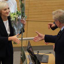 Prisiekė trys nauji Seimo nariai: dvi konservatorės ir socialdemokratas