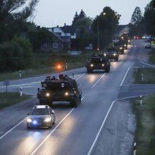 Lietuvoje prasideda didžiulės pratybos: keliais judės karinė technika