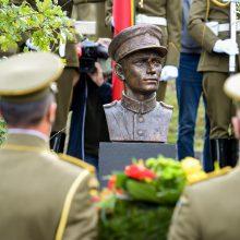 A. Ramanausko-Vanago dukra: džiaugiuosi, kad Lietuva įvertino jo auką
