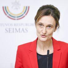 Seimo pirmininkė: prie partnerystės ir kitų žmogaus teisių klausimų grįšime rudenį