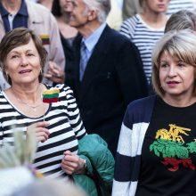 Tyrimas: lietuviai didžiuojasi savo valstybe