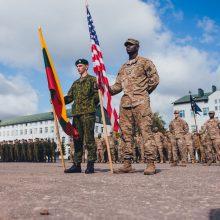 Į Lietuvą atvyksta JAV sausumos pajėgų sekretorius