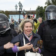 Prancūzija smerkia jėgos panaudojimą per protestą Maskvoje