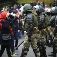 Nuo represijų nukentėjusiems baltarusiams lietuviškos vizos bus nemokamos