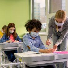 Profsąjungos: apmokestinus testus, kiltų rizika, kad dalis pedagogų išeitų iš darbo