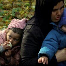 Žiniasklaida: į Lietuvą neteisėtai pateko migrantų grupė su vaikais, beveik visi peršalę