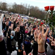 URM siūlo nemokamai išduoti vizas režimo persekiojamiems baltarusiams