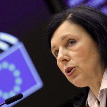 Lietuvoje lankosi už vertybes ir skaidrumą atsakinga eurokomisarė V. Jourova