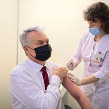 """G. Nausėda: sulauksime 310 tūkst. papildomų """"Pfizer-BioNTech"""" vakcinos dozių"""