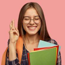 Abiturientams tris dienas vyks užsienio kalbų egzaminų kalbėjimo dalis