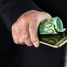 Banko darbuotojais apsimetę telefoniniai sukčiai tuština žmonių sąskaitas