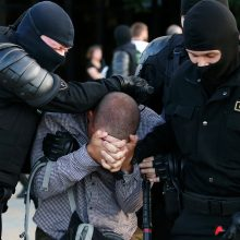 Klausia partijų vadovų: kaip Lietuva turi reaguoti į įvykius Baltarusijoje?