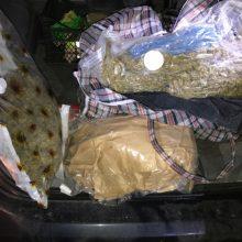 Teismui perduota tris kilogramus narkotikų gabenusio vyro byla