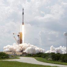 """""""SpaceX"""" sėkmė – signalas sunerimti Rusijai?"""