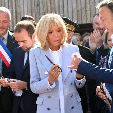 Brazilija vėl įgėlė Prancūzijos pirmajai poniai: ji išties negraži