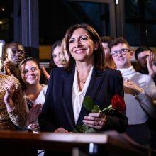 Paryžiaus merė A. Hidalgo tapo socialistų kandidate į Prancūzijos prezidentus