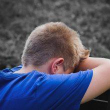 Šiaulietė pripažinta kalta dėl smurto prieš savo vaikus: talžė ir kilimų mušikliu