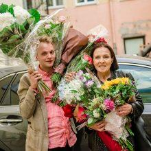 Teatre jaukiai ir šiltai pasveikinta jubiliejų šventusi E. Gabrėnaitė