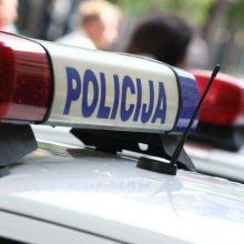 Per avariją Kupiškio rajone nukentėjo vairuotojas ir garbaus amžiaus keleivė