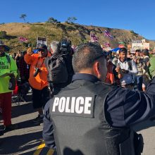Havajuose protestuotojai spaudžia stabdyti didžiulio teleskopo statybas