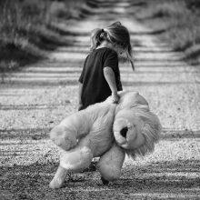 Šiauliuose sulaikyta mažametę dukrą sumušusi moteris