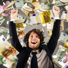 75 tūkst. eurų momentinėje loterijoje laimėjęs Tomas: pirksiu bilietus, kad ir kiti galėtų laimėti