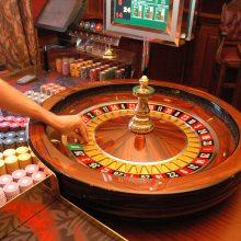 Įstatymo pakeitimo projektas Seime – kaip pokerio partija: žaidėjų interesus aiškinasi STT