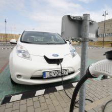 Elektromobilių atliekų iššūkiai: reikės perdirbti milijonus tonų baterijų