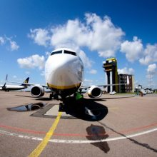 Sulaikytas lėktuve siautėjęs neblaivus vyras
