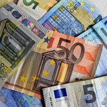 Tauragėje už automobilius atsiskaityta tūkstančiais padirbtų eurų