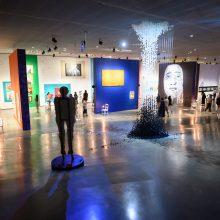 """MO muziejus kviečia į virtualų turą ir ekskursijas po parodą """"Kodėl taip sunku mylėti?"""""""