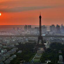"""Ekspertai: Prancūzijoje koronaviruso pandemija """"valdoma"""""""