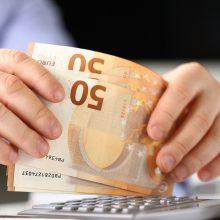 Darbo užmokesčio atotrūkis tarp Vilniaus ir regionų toliau auga