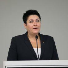 LTOK prezidentė patvirtino skambinusi A. Mazuroniui, tačiau tikino spaudimo nedariusi