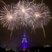 Po devynių mėnesių pertraukos Eifelio bokštas atsiveria lankytojams