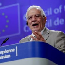 J. Borrellis: Europai reikalingas sankcijų Rusijai ir dialogo su ja balansas