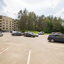 Vilnius stoja į kovą: už automobilių statymą kiemuose gali tekti susimokėti net svečiams