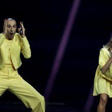 """Geltonoji """"The Roop"""" banga Lietuvą nunešė į aštuntą """"Eurovizijos"""" vietą"""