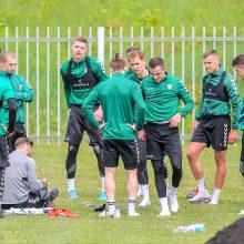 """""""Kauno Žalgirio"""" futbolininkai nuotaikingai rengiasi A lygos atnaujinimui"""