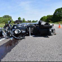 Vilniaus rajone – avarija: motociklininkas patyrė kojos traumą